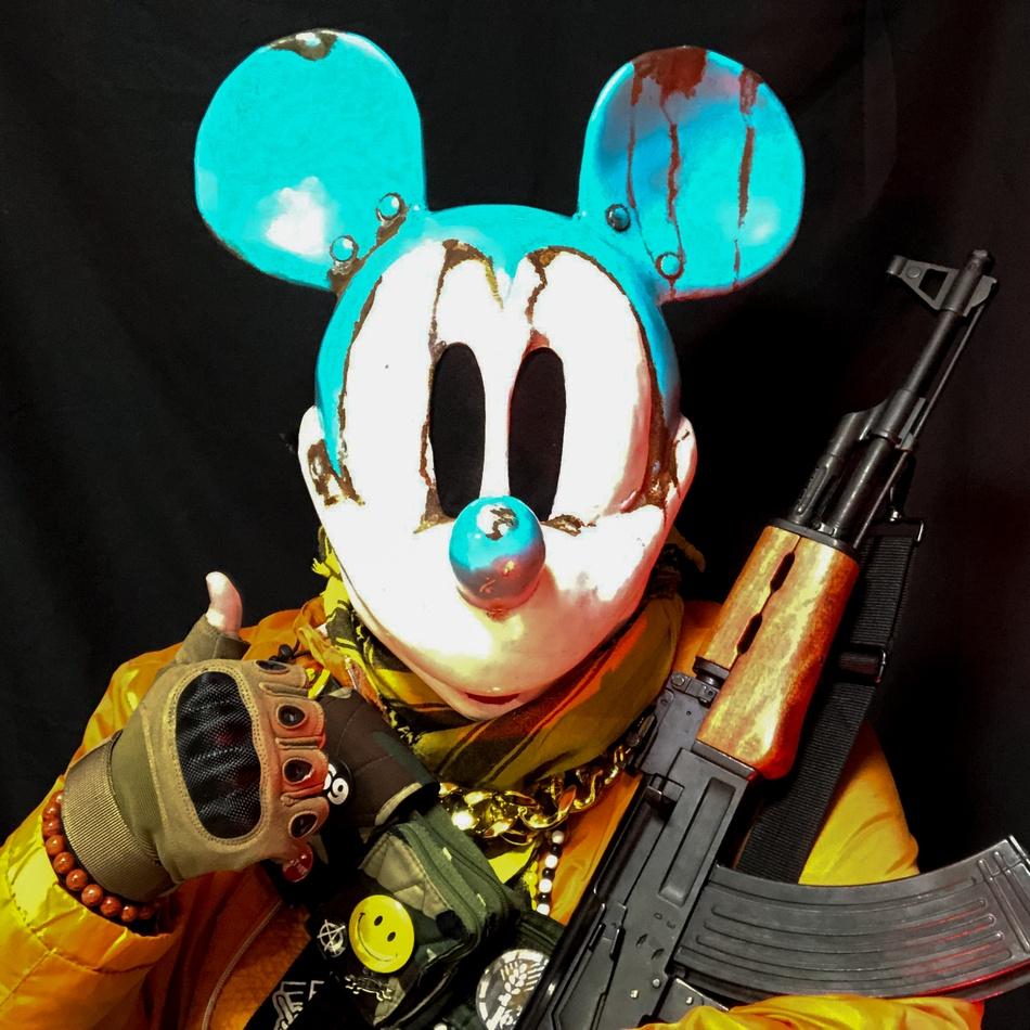 crazy_rat_mask_06.jpg