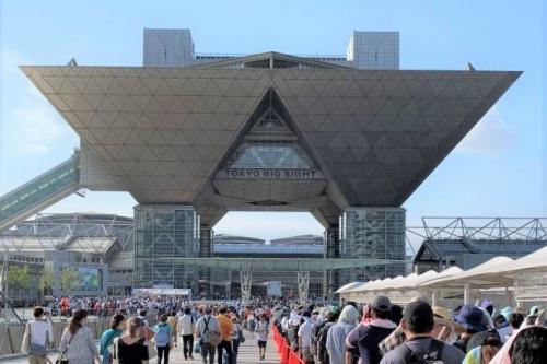 オタク「コミケを中止にするなら東京五輪も中止にしないと納得いかない!」と言い出す
