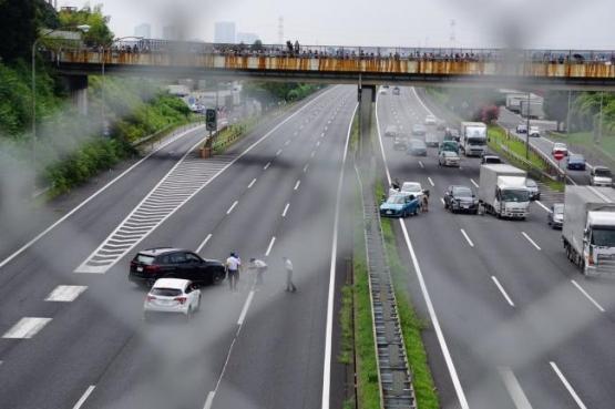 【悲報】煽り運転・宮崎文夫のせいでまた事故が起きてしまう