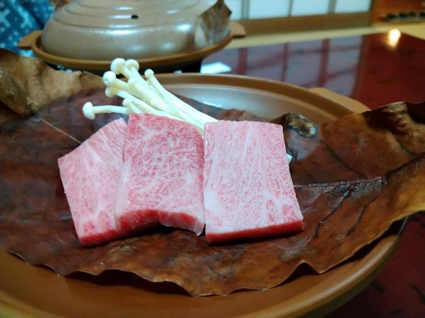夕食_飛騨牛ほうば味噌焼き