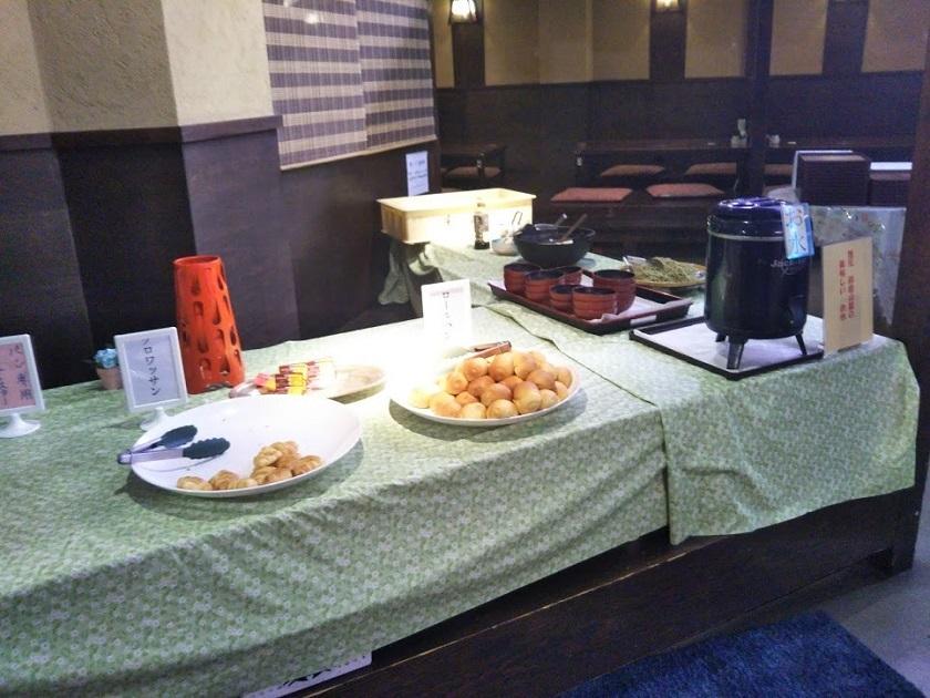 朝食バイキング パン