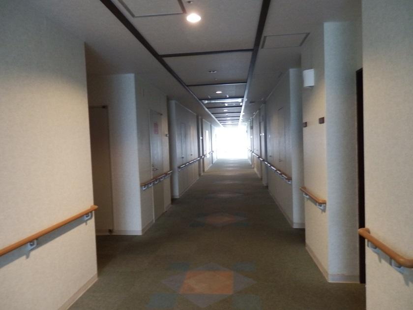 館内 客室階廊下