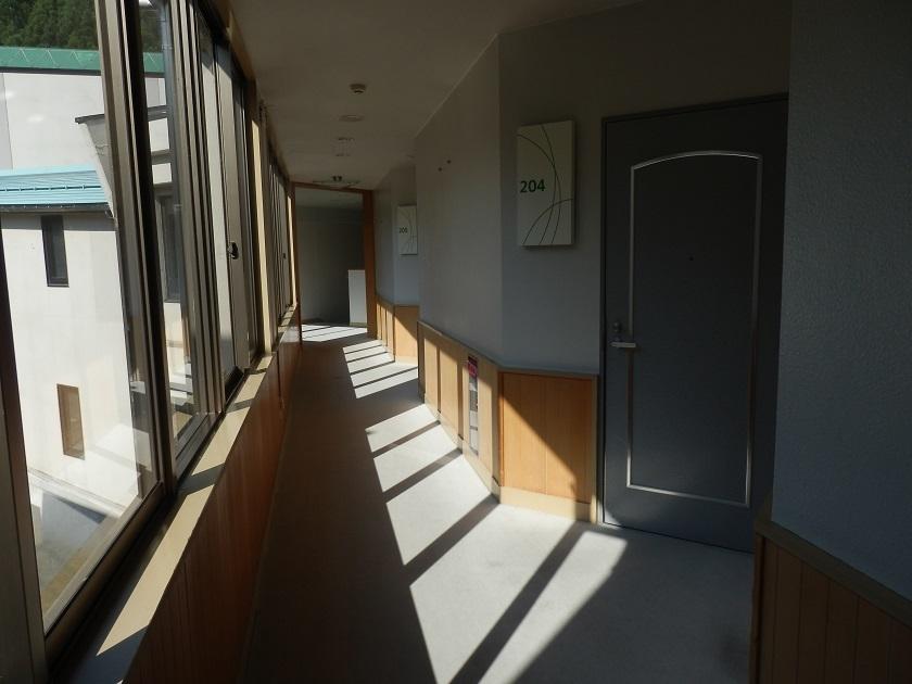 宿泊棟 廊下