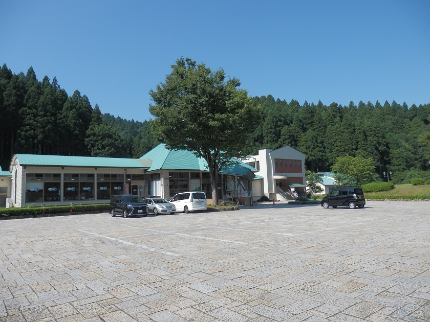 外観 駐車場