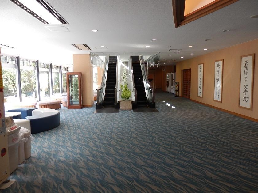 本館1階ロビーラウンジ